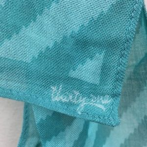 thirty-one Accessories - Thirty One Teal Long Scarf